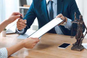 Стоит ли обращаться в организации по банкротству